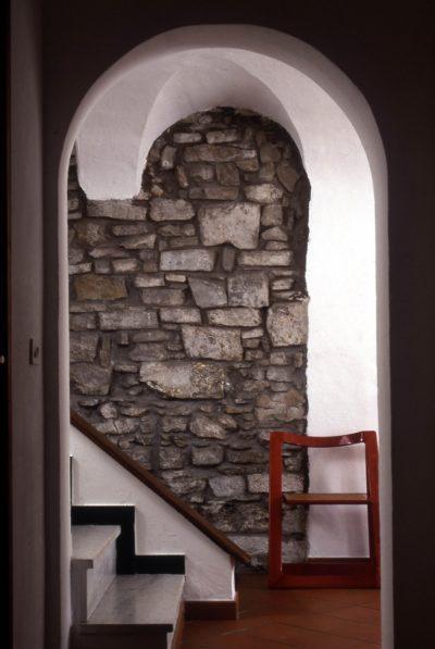 muro-pietra-disimpegno-borgo-vecchio2